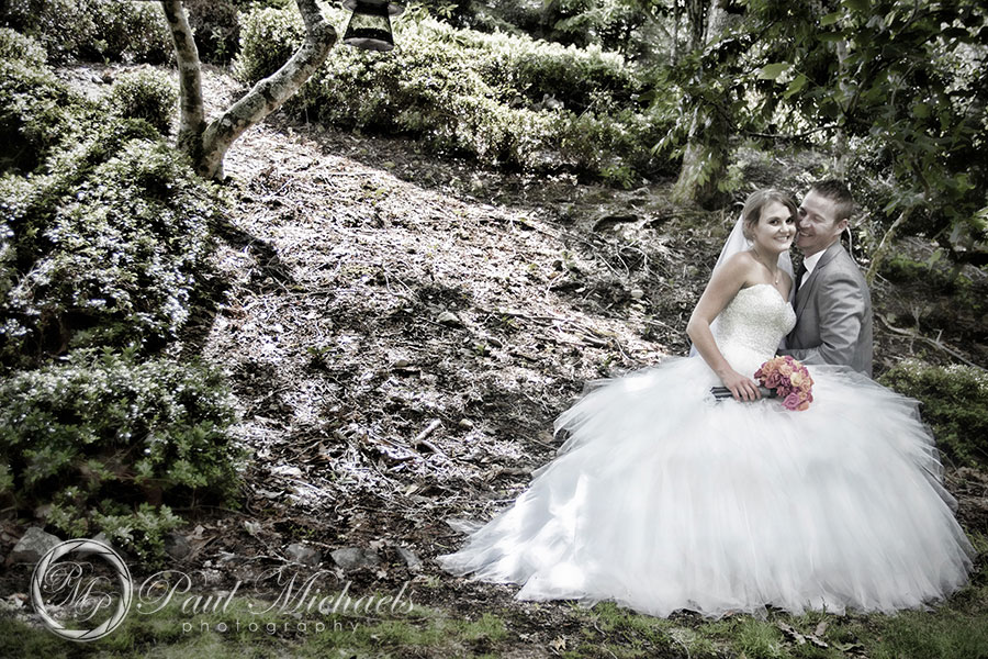 Bride and groom in the gardens.