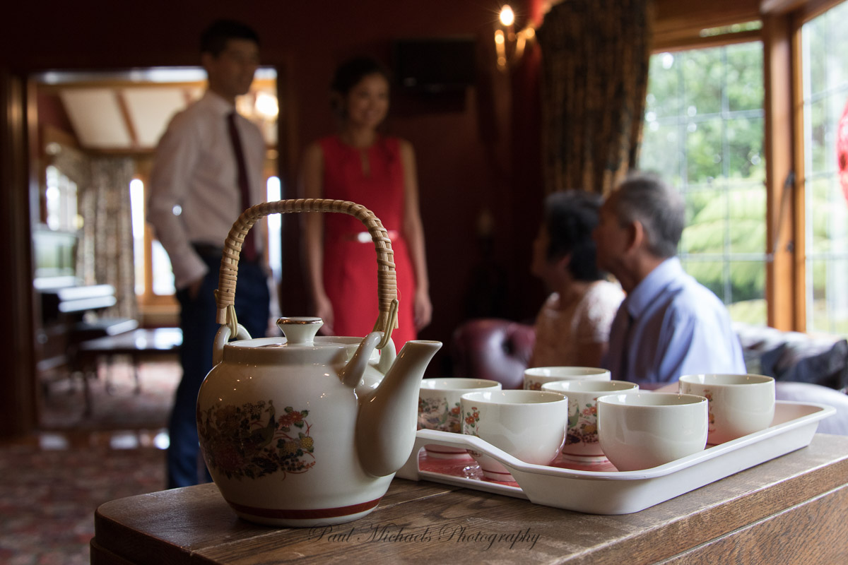 Tea ceremony at the Woodroyd estate